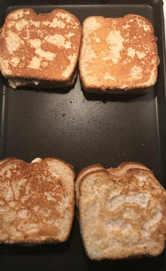 cooking monte cristo sandwiches