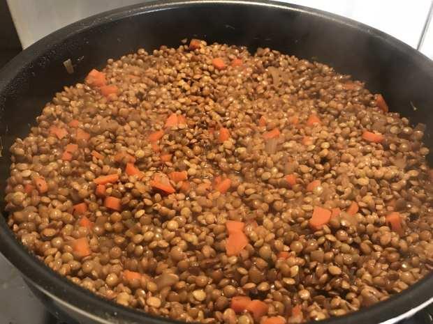 cook lentils with veggies