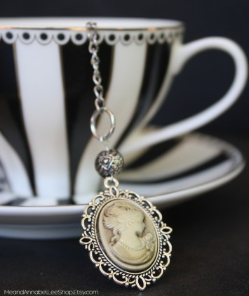20 Macabre, Twisted, Unusual, Dark, Victorian, & Gothic Stocking Stuffers | Victorian Cameo Tea Ball Infuser | Christmas Shopping | www.MeandAnnabelLee.com