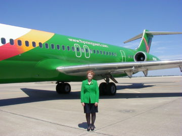 This is Me...beside one of the airlines that unfortunately did not survive the affects of 9-11. (Vanguard)