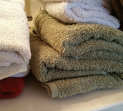 De-cluttering The Linen Closet!