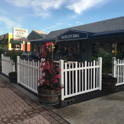 Water City Grill, Restaurant Review!