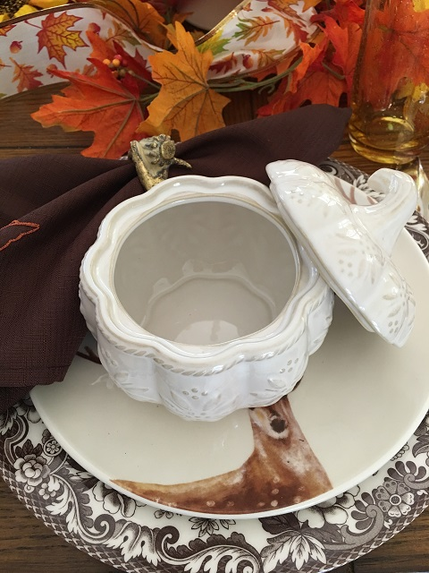 Blog - White pumpkin tablescape11