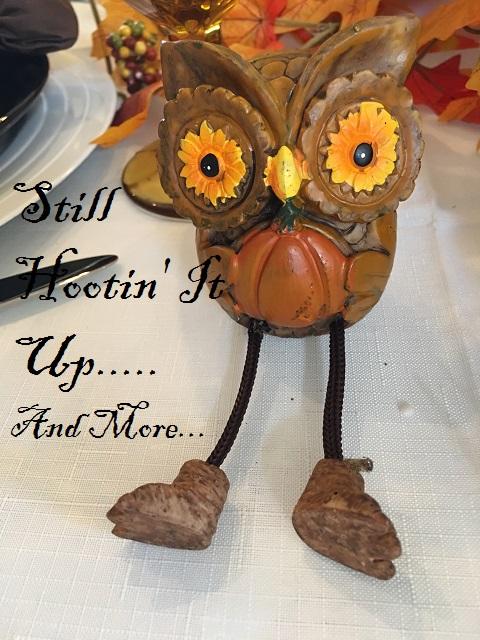 hootin-owl tablescape.
