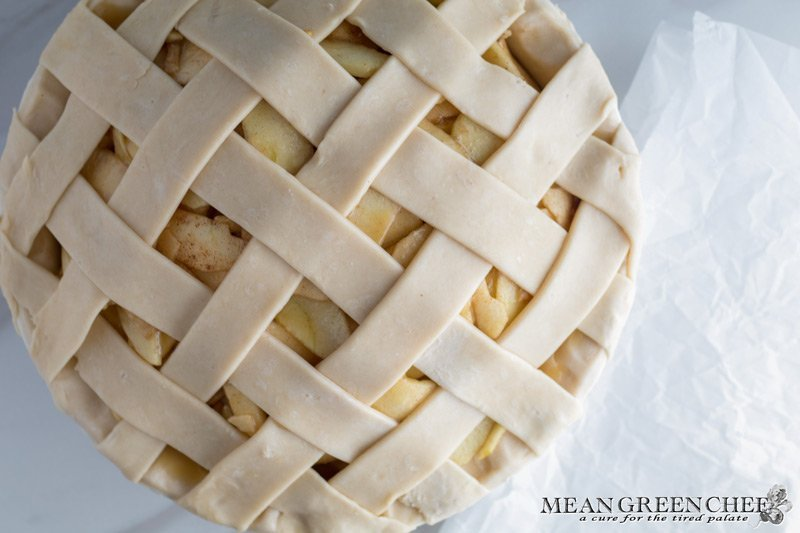 How to Make a Lattice Pie Crust - Mean Green Chef