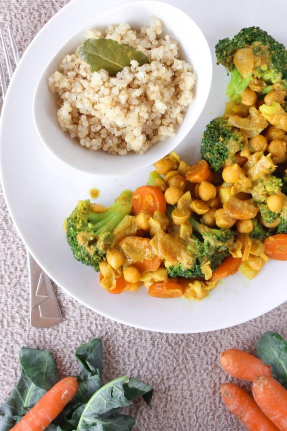 Caril de grão com cenoura e brócolos 4