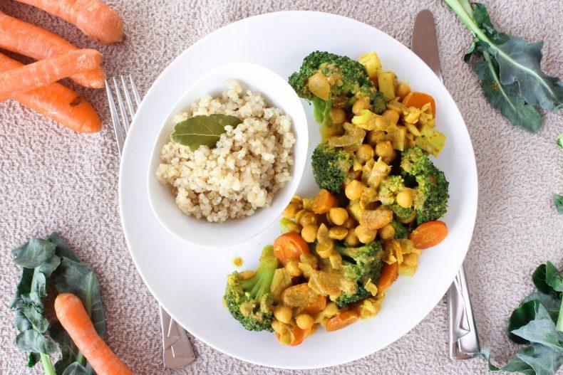 Caril de grão com cenoura e brócolos 2