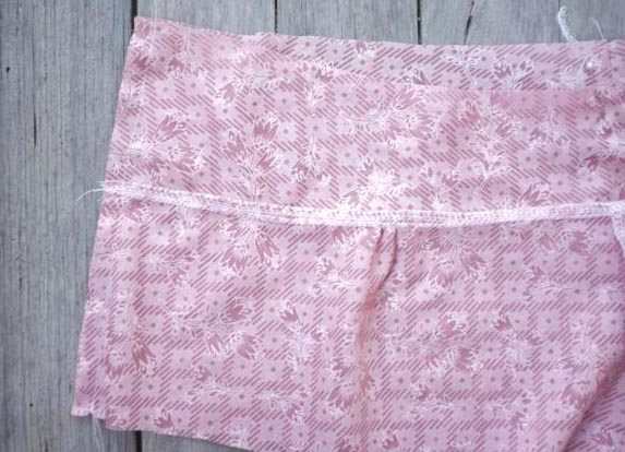 10 straight stitch side seam