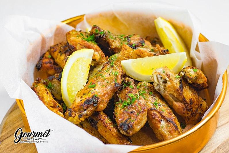 garlic chicken wings finger food