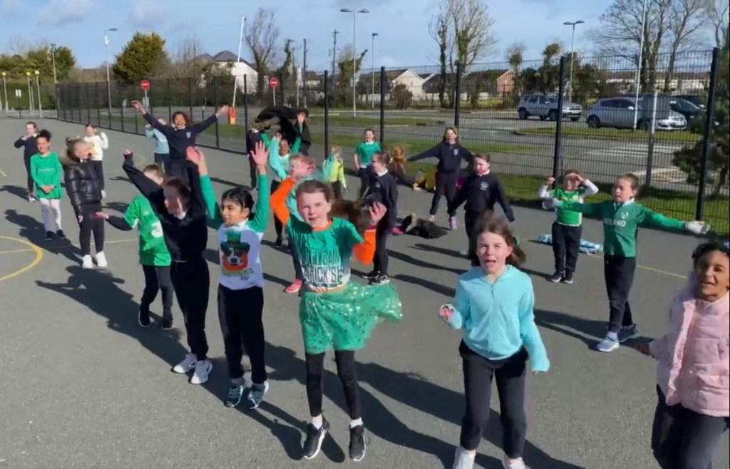 outdoor Céilí Donacarney Girls school