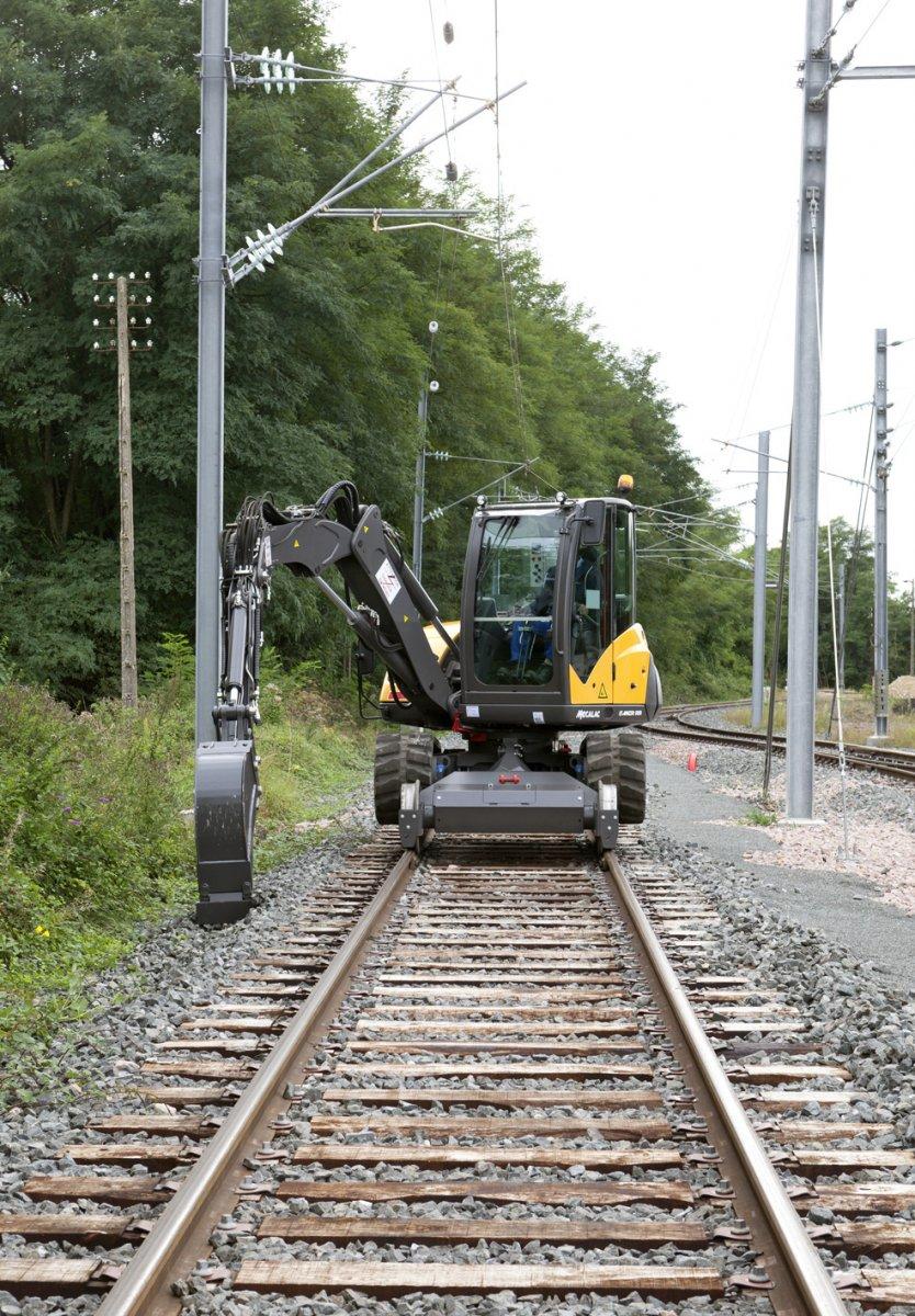 Mecalac 8mcrrr Rail Road Excavator Rail Road 8 Tons