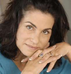 MechaCon Proudly Welcomes Ambassador Ellyn Stern!