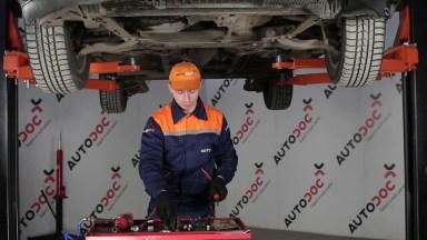 Toyota Auris 1 Stabigummis