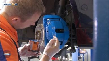 Beim Auto Bremssattel lackieren
