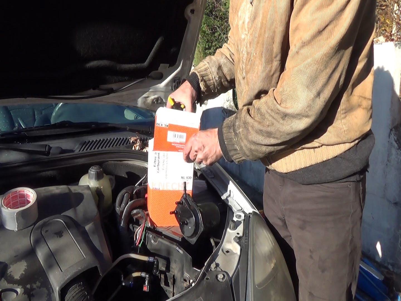 Renault Clio 2 Kraftstofffilter wechseln. - Mechaniker24