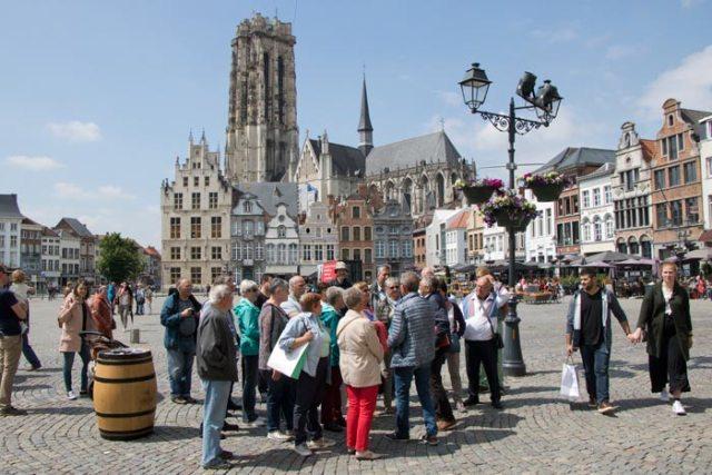 Toeristische gidstochten doorheen stad Mechelen