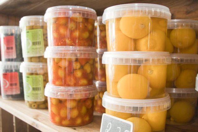 Producten ui de Wereldkeuken bij Delicatessen Boetiek Mechelen