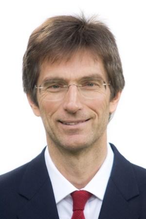 Dr Tilman Ruff