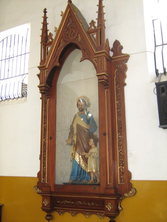 One of the pieces of religious artwork in the church (photo: SajoR)