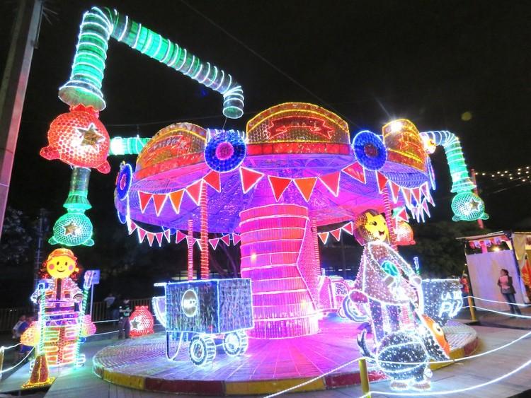 One of many lights displays near Plaza Mayor
