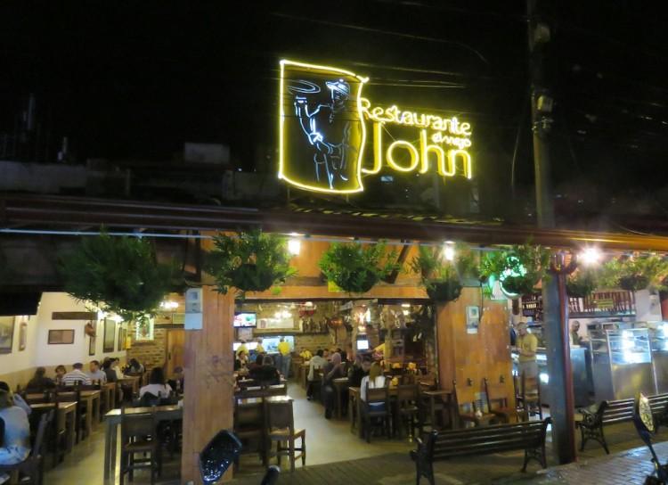 Restaurante El Viejo John – one of our favorites in Sabaneta