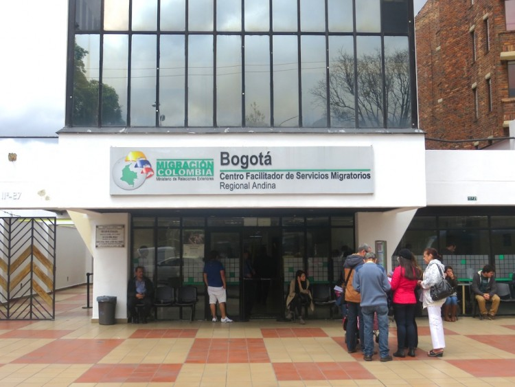 Migración Colombia office in Bogotá, a place to apply for a new cedula