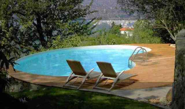 úszómedence egyéni kívánságokkal