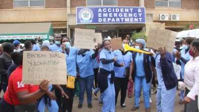 Photo of Zimbabwe: Nurse's strike over slave wages continues