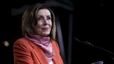 Photo of Capitol riots: Pelosi mourns officer's death, lowers flags in honor