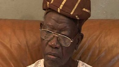 Photo of Lagos First Civilian Governor Dies