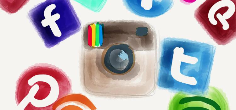 icones de réseaux sociaux en aquarelle