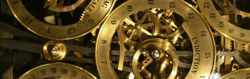 Rouages d'une horloge astronomique, métaphore des process en entreprise, via- mediaculture.fr