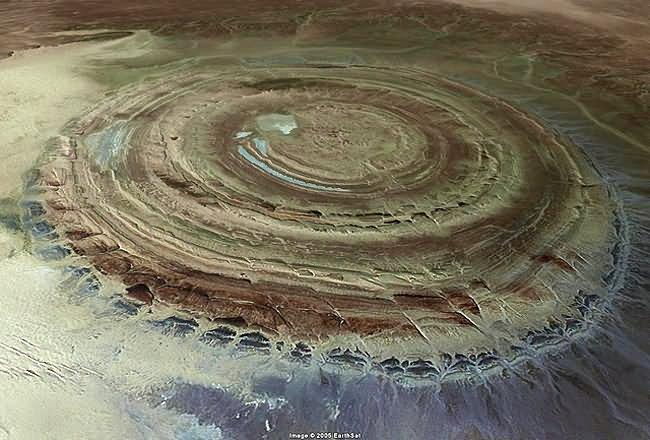 The-Eye-of-the-Sahara-Mauritania.jpg