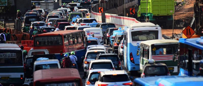 kendaraan yang terus bertambah penyebab pemanasan global