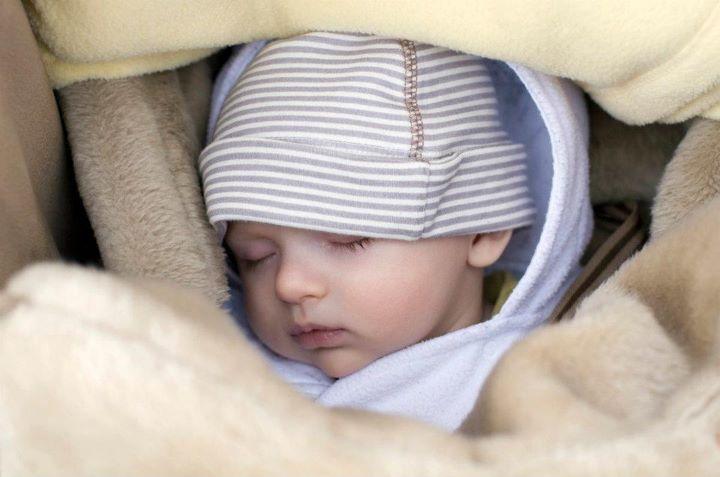 rangkaian nama bayi perempuan
