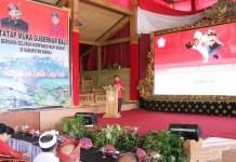 Gubernur Bali Wayan Koster saat tatap muka bersama elemen perangkat desa se Kabupaten Bangli di Wantilan Desa Penglipuran,Bangli