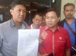 Anggota DPRD Bali Kadek Diana di Dampingi Kuasa Hukumnya I Gede Narayana di Mapolda Bali (Foto- dok-mp)