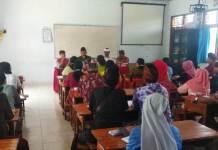 Zonasi PPDB : Disdik Bersama Komisi IV DPRD Tabanan melakukan sosialisasi ke sekolah di SD I Dajan peken Tabanan