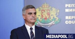 Премиер Янев: Отчуждението на гражданите от обществения живот е катастрофално (актуализирано)