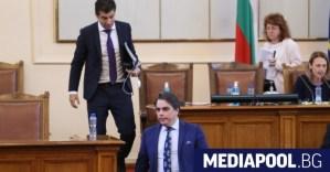 Петков и Василев не се очакват в новото временно правителство