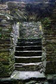 Burg-Reuland_escaliers
