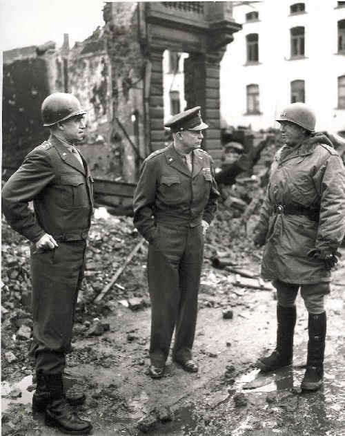 offensice_quelques_lignes_eisenhower_bradley_patton