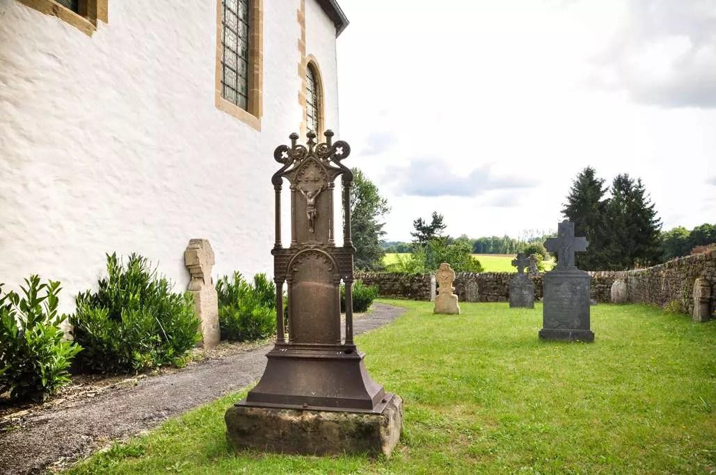 Le vieux cimetière de Chassepierre