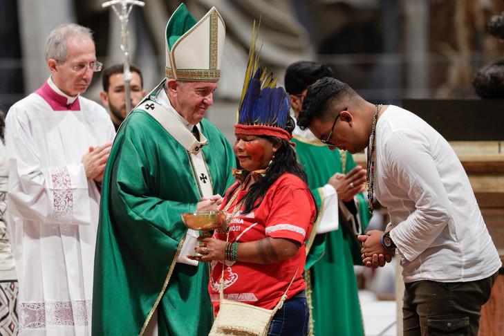https://i2.wp.com/www.medias-presse.info/wp-content/uploads/2019/10/synode-amazonie-pape-francois.jpg?w=840&ssl=1