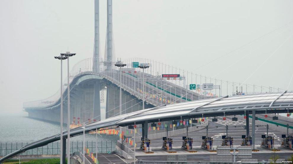 China Kini Punya Jembatan Terpanjang di Dunia