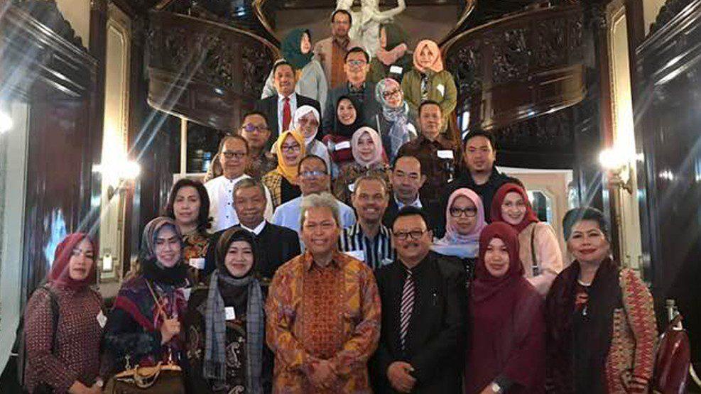 Lawatan LLDIKTI IX Sulawesi ke Amerika: Peserta Program Leadership Course Diterima di Kedubes RI