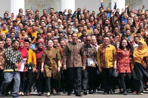 Presiden Jokowi Minta Pendamping PKH Dikirim Belajar ke Luar Negeri