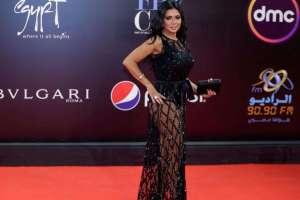 Gara-gara Pakai Gaun Terbuka, Aktris Mesir Akan Diadili