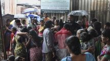 Miras Oplosan Tewaskan Hampir 100 Orang di India
