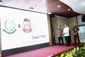 Wali Kota Makassar Hadiri Launching Aplikasi Smart TP4D